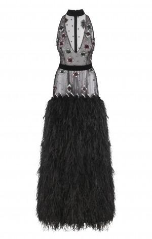 Чёрное платье с  вышивкой и    перьями